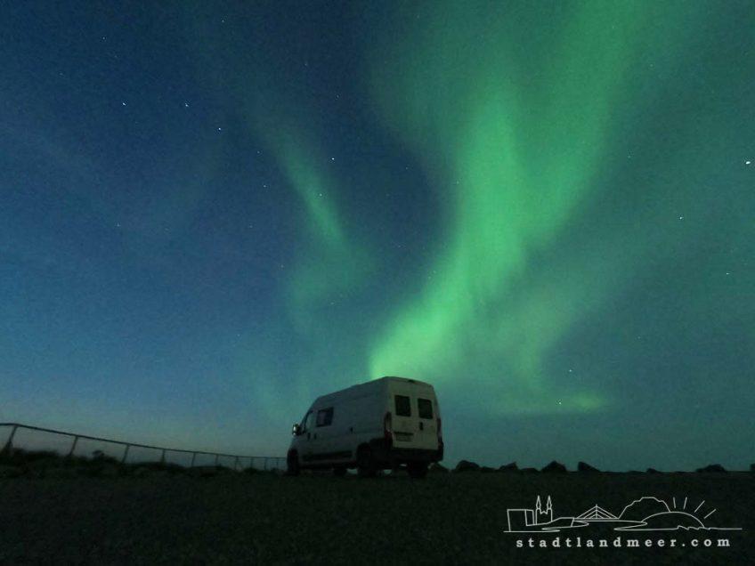 Camper im Nordlicht